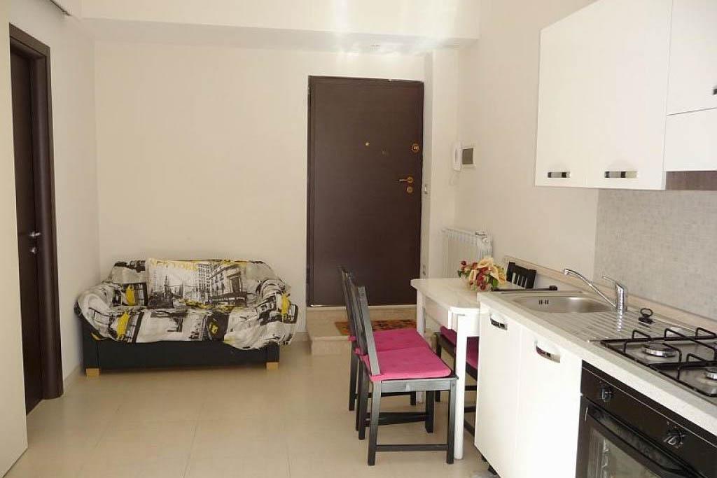 Sanremo in vendita appartamento zona mercato ristrutturato