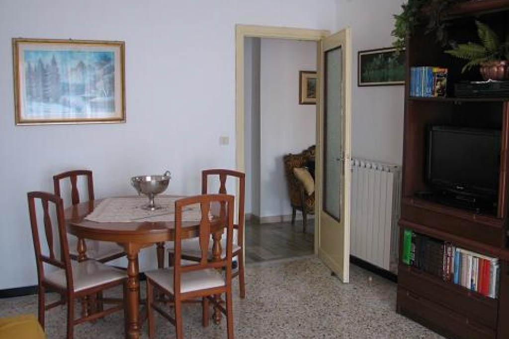 Sanremo vendita appartamento trasformabile in trilocale