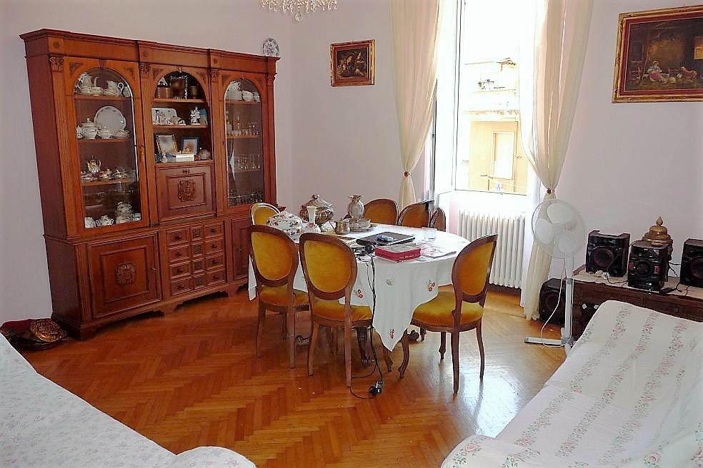 Sanremo vendita appartamento in palazzo d'epoca