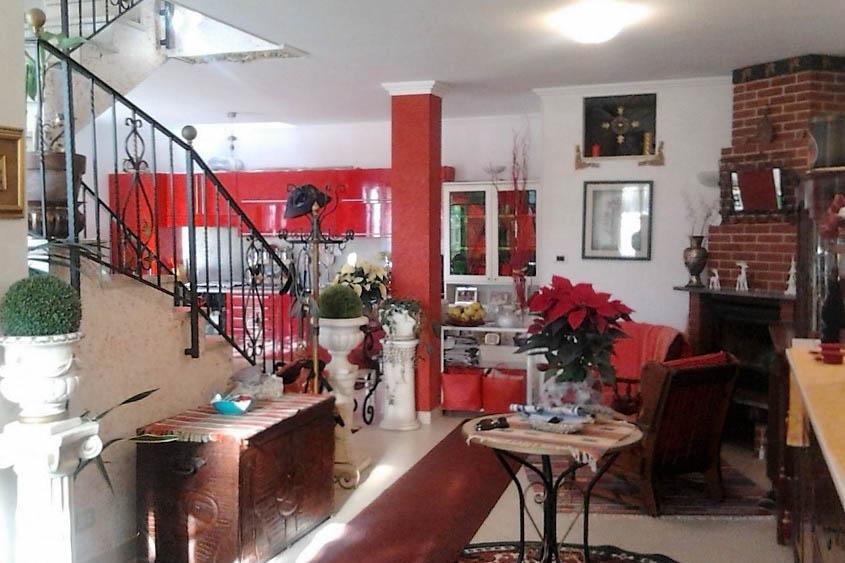 Sanremo vendita splendida casa indipendente con giardino e meravigliosa vista mare