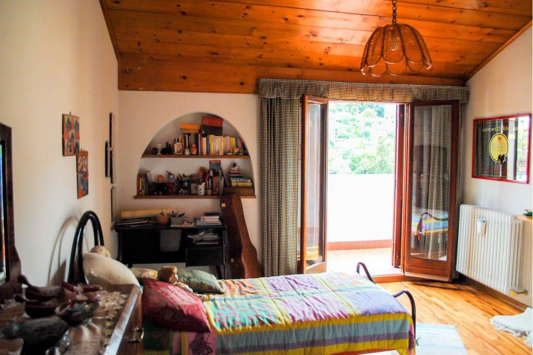 Sanremo vendita appartamento su due livelli in casa indipendente