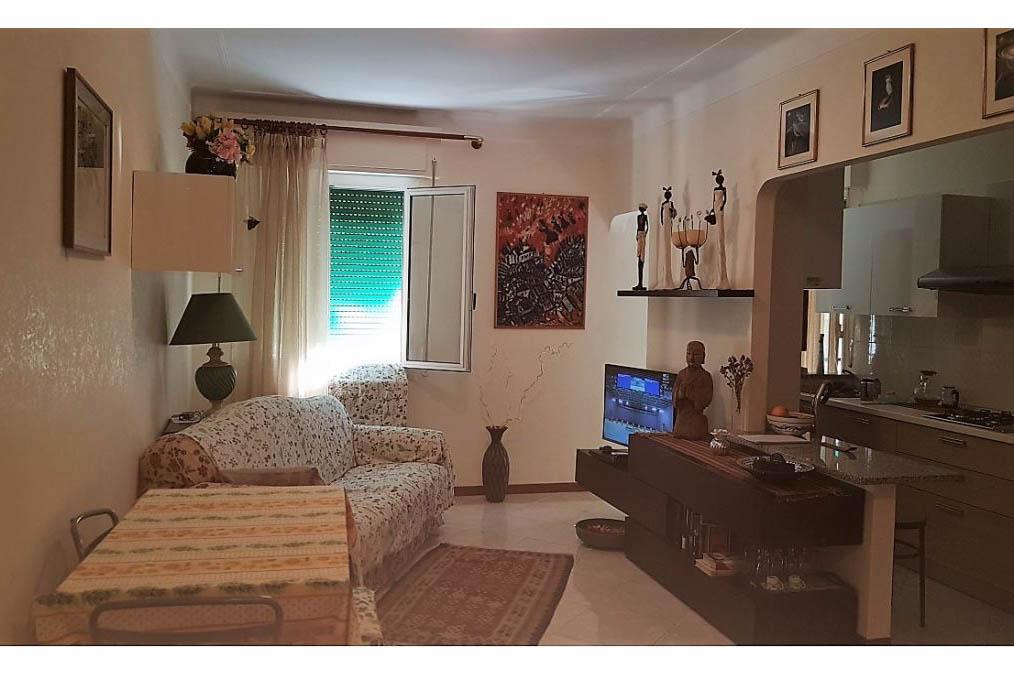 Sanremo vendita appartamento centrale ristrutturato.