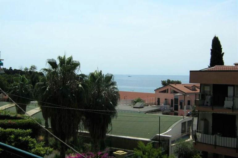 Sanremo vendita appartamento di prestigio