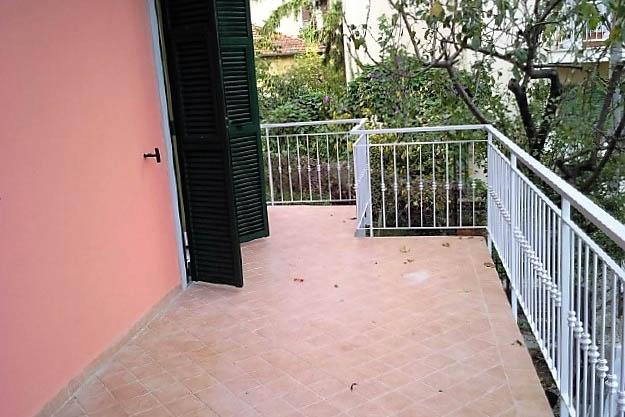 Sanremo vendita appartamento in casa indipendente ristrutturato