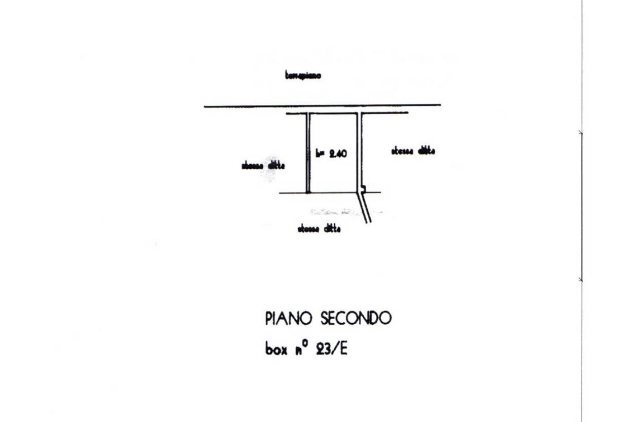 Sanremo: inizio Via Martiri, Box auto di 16 mq, sito al secondo livello
