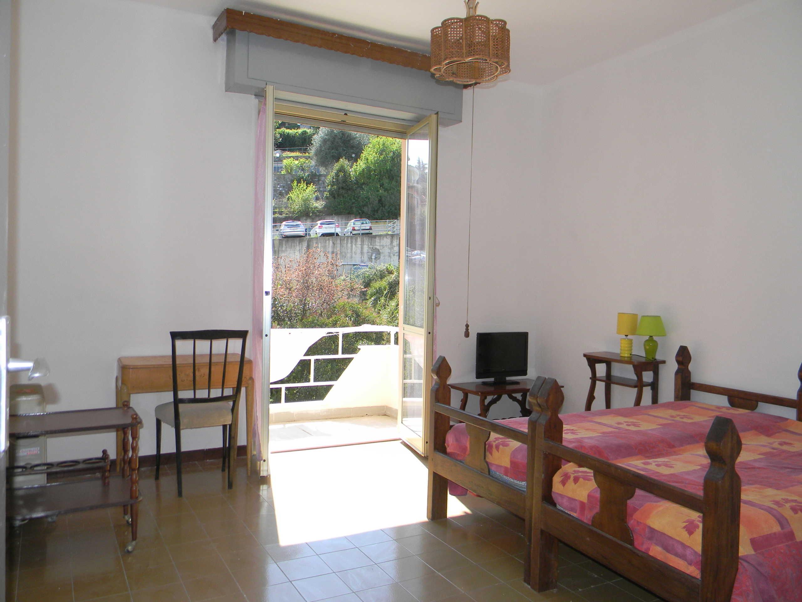 Sanremo, vendita appartamento, zona Corso Inglesi lato foce, con terrazzo