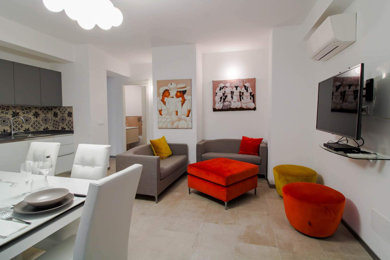 Sanremo, centralissimo, alloggio ristrutturato di 100mq, vicino al mare