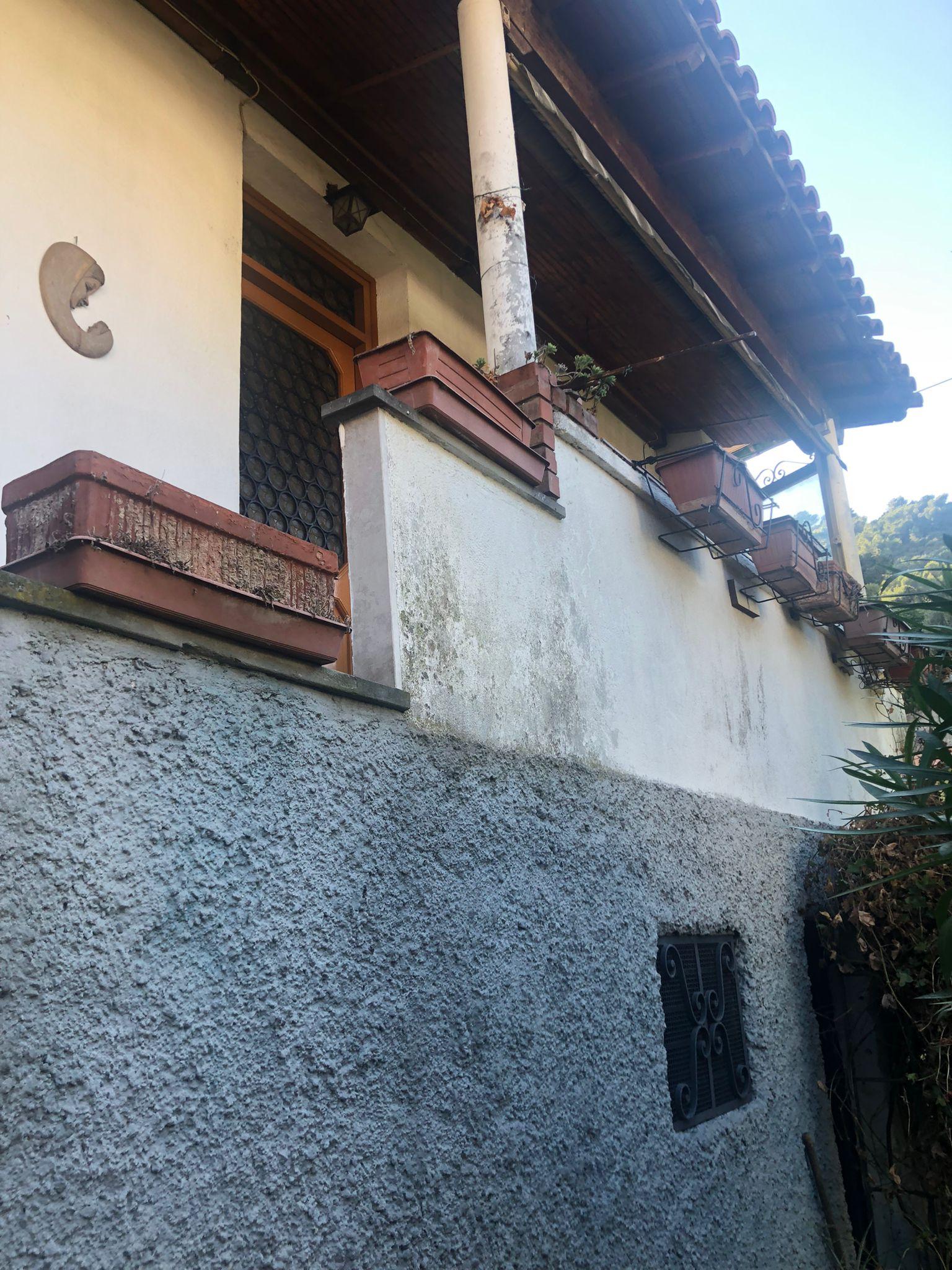 Soldano, a 6 km dal mare, casa indipendente con box auto